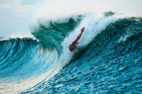 cunningham-mark-wave - body surf